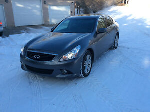 2013 Infiniti G37x AWD Premium Sedan - REDUCED - Clean Carproof