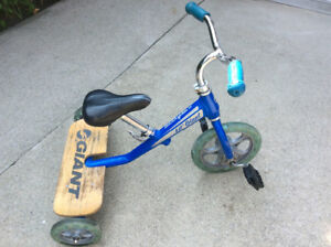 Tricycle lil'giant bleu