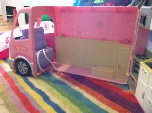Barbie Hot Tub Party Bus Motor Home Camper RV 2006 Mattel