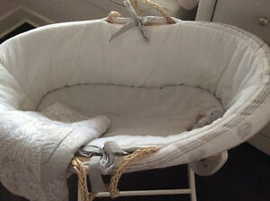 Moses Bassinet (with stand) Pali London Ontario image 2
