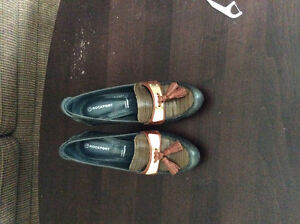 """Rockport size 5 shoes worn once 4"""" heels"""
