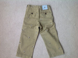 Brand new with tag Gap pants size 3 years old