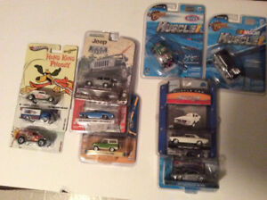 Lot of 1:64 scale cars