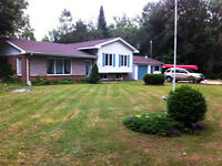 Home/Cottage for Rent w/Hot Tub & Games Room