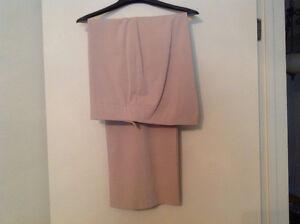 Pantalon pour femme. Ladies pants.