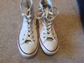 Converse size 9