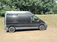 Renault trafic high top same as vivaro ideal for camper conversion
