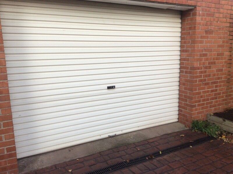 Garage Door Electric Or Manual Operation Approx 10ft Wide Door Is