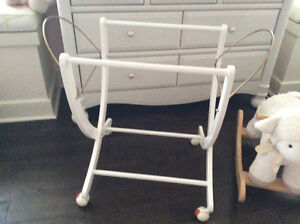 Moses Bassinet (with stand) Pali London Ontario image 3