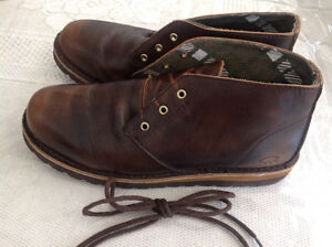 VERY ELEGANT MEN'S LEATHER SHOES GRATE CONDITIONS SIZE 10