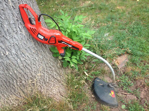 """BLACK & DECKER"" 14"" electric  grass treamer"