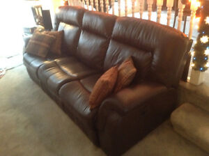 Palliser Leather Reclining Couch Strathcona County Edmonton Area image 2