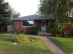 Beautiful Bungalow Southside... Open House Aug.28 from 2-4pm