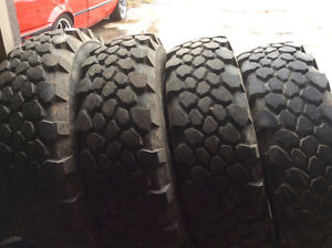 Military tires 275 80 20 , mpt 81 , off road tires