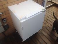 Integrated fridge & freezer