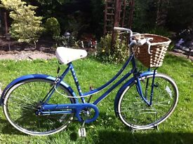 "Retro Raleigh chiltern Dutch loop style bike 21"" frame"