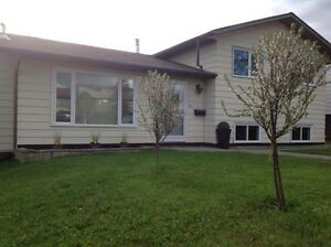 *JUST REDUCED* GREAT FAMILY HOME IN FSJ - LARGE DETACHED GARAGE