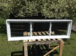 Fenêtre PVC 3 sections à VENDRE - 3 section PVC window for SALE