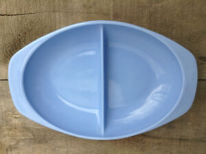 "VINTAGE PYREX SERVING DISH - DELPHITE/ ""BLUEBELLE"" IN EUC"