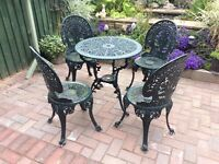 Green Aluminium Table and 4 Chairs