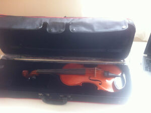 For Sale -- 4/4 Gewa Violin Ideale St. John's Newfoundland image 1