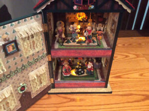 Christmas Decoration Lighted Music Box Doll House