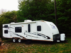 2010 Freedom express by coachman