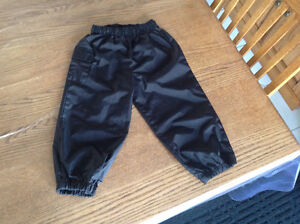 24m black splash pants