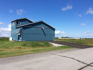 CYRP quality heated hangar spot for rent in Carp