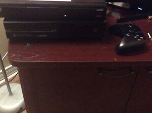 Xbox One with controller , 7 games , can trade with ps4