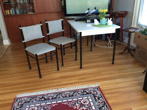 White Kitchen Table With 4 Chairs