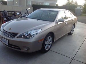 2005 Lexus ES 330 with only 52600 Km in excellent condition