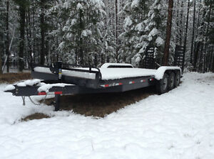 2015 24' TRIAXLE BOBCAT TRAILER