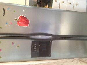 Réfrigérateur en très bon état