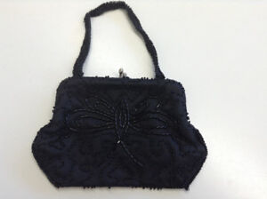 Vintage Beaded Evening Purse w Butterfly Design – Mint Condition
