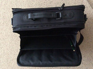 Computer carry case London Ontario image 3