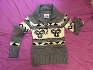 TNA Sweater (Size S)