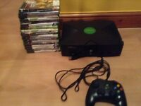 Xbox original with cables and 1 control + 17 games WORKING
