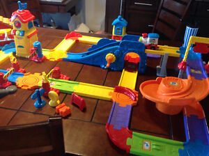 VTech Go!Go! Train Station,Construction Site,Gallop & Go Stable