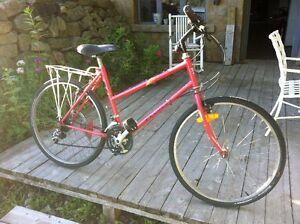 Super vélo vintage Peugeot/Great Vitage Peugeot bike