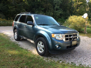 2012 Ford Escape tow vehicle with Blue Ox system complete