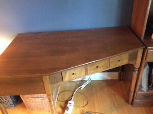 Antique Corner Desk Cambridge Kitchener Area image 1