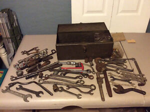 Lot of Good Quality Old Schoold Wrenches & Sockets & More