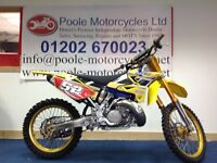 Yamaha yz250 2012 Yellow/ Gold includes plenty of extras