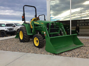 JOHN DEERE NEW 2016 3038E WITH LOADER CLEARANCE SALE