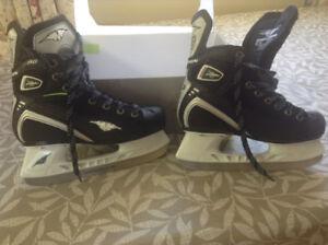 Boys 4E Mission Hockey Skates