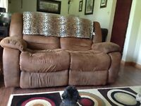 Reclining Loveseat and Reclining Chair for Sale