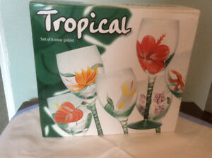 Tropical Designed Hand Painted in Glass - Wine Glasses set of 6