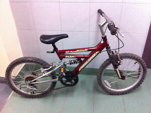 Mongoose boys bike 20'' wheel size for 7-9 year old with 7 speed