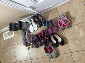 Girls size 11/12 shoes!!! Excellent condition :)